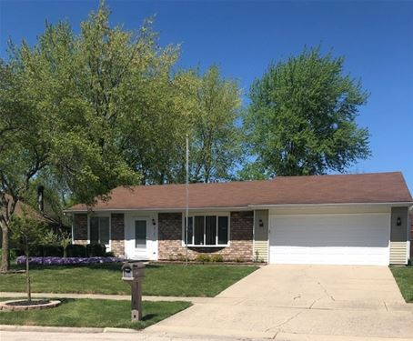 518 N Clearwater, Roselle, IL 60172