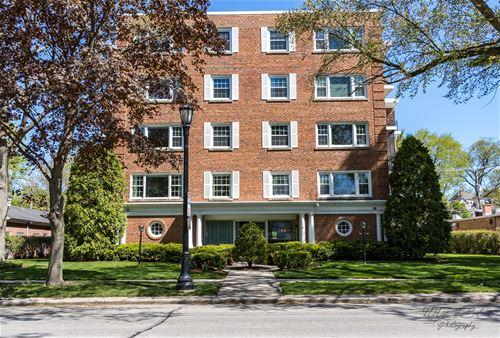 2425 Central Unit 3D, Evanston, IL 60201