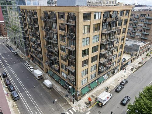 625 W Jackson Unit 610, Chicago, IL 60661