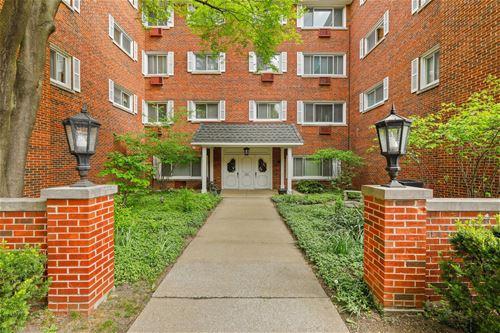 800 Washington Unit 403, Oak Park, IL 60302