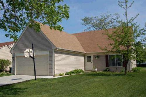 3 Bayberry, Streamwood, IL 60107