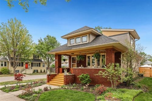 948 N Lombard, Oak Park, IL 60302