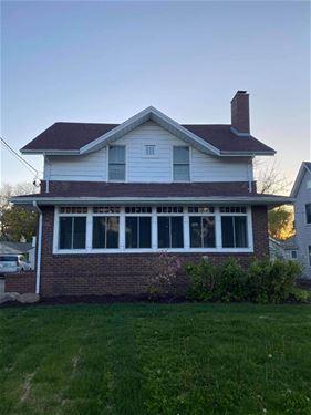 315 Pleasant, Woodstock, IL 60098