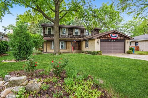 7800 Queens, Downers Grove, IL 60516