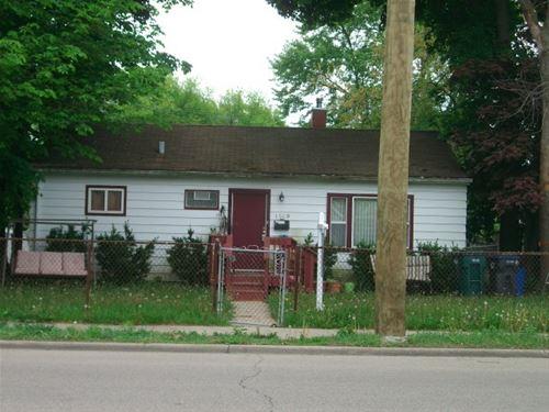 1609 W Glen Flora, Waukegan, IL 60085