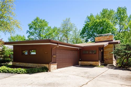 5317 Fairmount, Downers Grove, IL 60515
