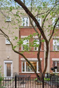 3900 N Fremont Unit D, Chicago, IL 60613