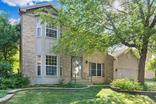 3830 Blackberry, Lake In The Hills, IL 60156