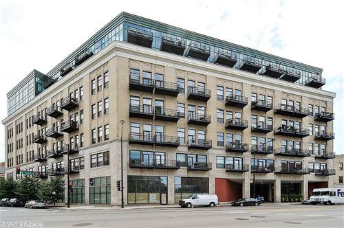1645 W Ogden Unit 701, Chicago, IL 60612