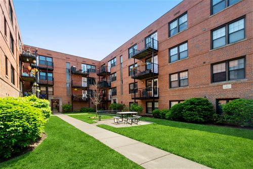 5230 N Campbell Unit 3A, Chicago, IL 60625