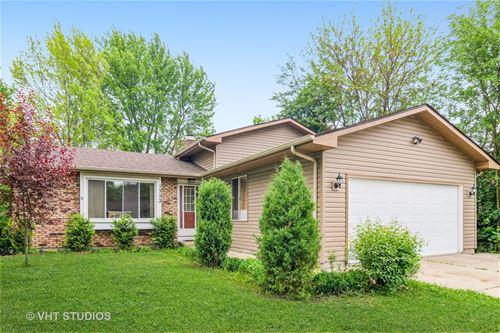 1352 Todd Farm, Elgin, IL 60123