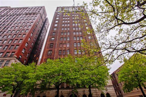 415 W Aldine Unit 2C, Chicago, IL 60657