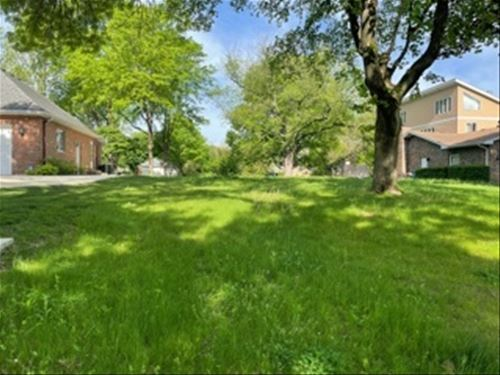5840 S Garfield, Hinsdale, IL 60521