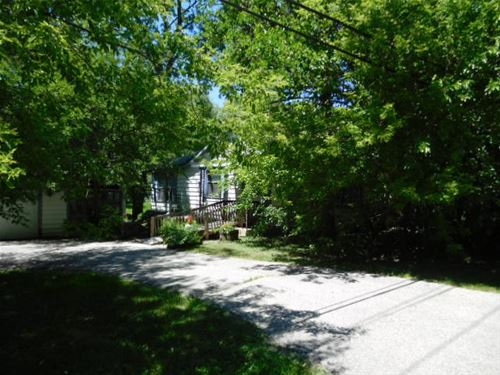 20 N Middleton, Palatine, IL 60067