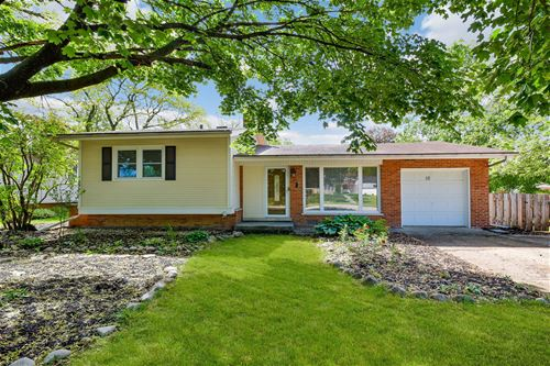 10 Chase, Lombard, IL 60148