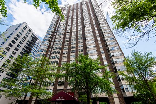 525 W Hawthorne Unit 2708, Chicago, IL 60657