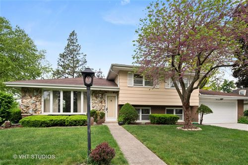 1304 N Douglas, Arlington Heights, IL 60004