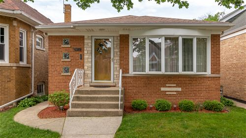 4580 N Merrimac, Chicago, IL 60630