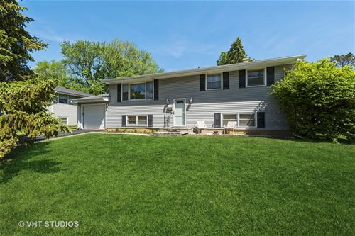 34 W James, Cary, IL 60013