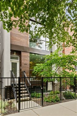 1541 N Wood Unit 1, Chicago, IL 60622