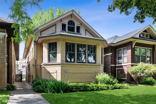 2911 W Giddings, Chicago, IL 60625
