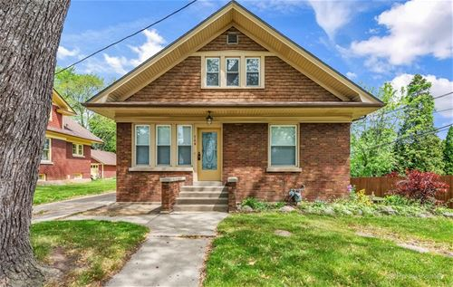 764 Pine, Elgin, IL 60123