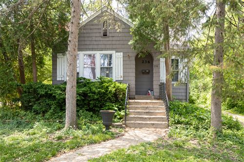 236 N Lincoln, Westmont, IL 60559