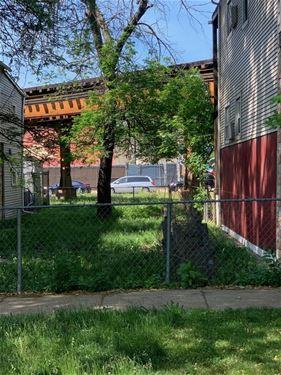 2856 W Belden, Chicago, IL 60647