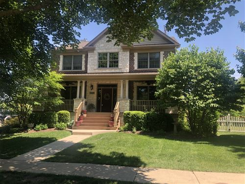 323 N Elizabeth, Lombard, IL 60148