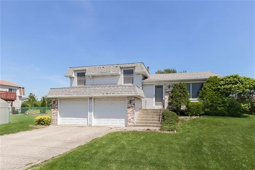1727 Schmale, Glendale Heights, IL 60139