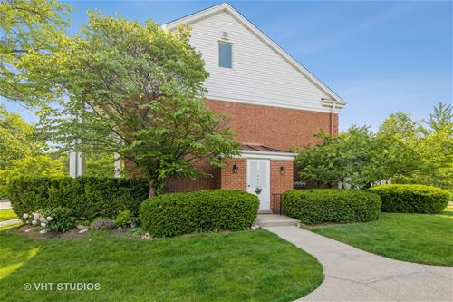 1401 Chanticleer, Hinsdale, IL 60521