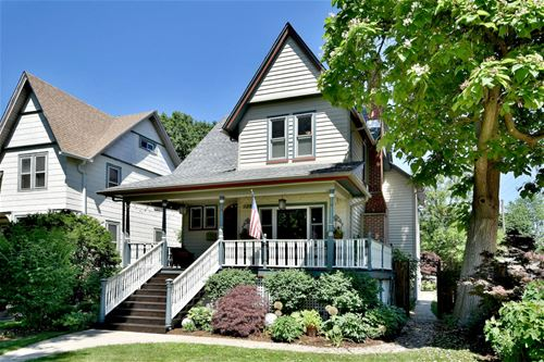 134 N Lombard, Oak Park, IL 60302