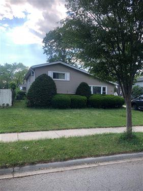 158 S Clarendon, Addison, IL 60101