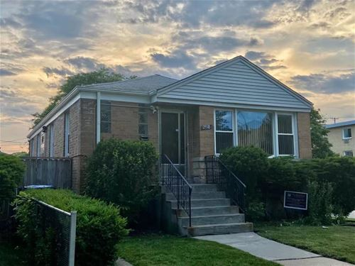 7558 N Rockwell, Chicago, IL 60645