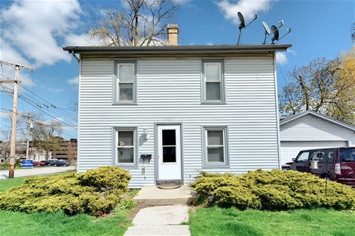 202 S 3rd, St. Charles, IL 60174