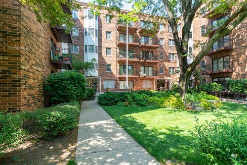 1503 Oak Unit 211, Evanston, IL 60201