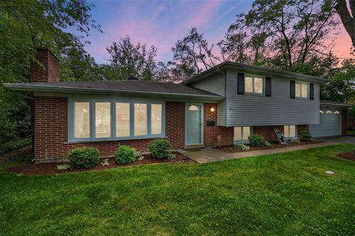 3735 Lindenwood, Glenview, IL 60025