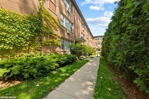 1534 W Farwell Unit 1A, Chicago, IL 60626