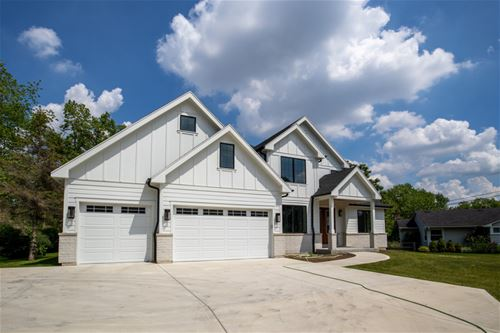 5269 Willow Springs, La Grange, IL 60525