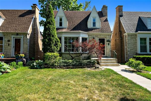 4845 W Balmoral, Chicago, IL 60630