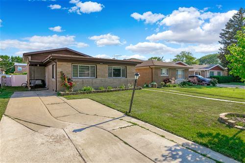 3831 W Jarvis, Lincolnwood, IL 60712