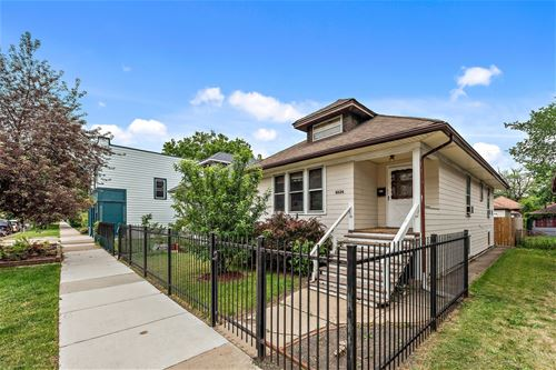 4534 N Avers, Chicago, IL 60625