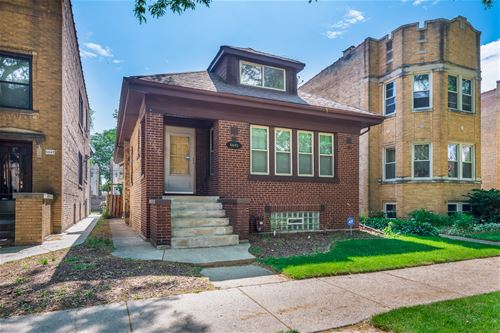 6645 N Campbell, Chicago, IL 60645