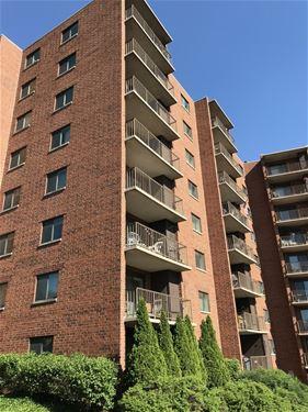 1 Bloomingdale Unit 301, Bloomingdale, IL 60108