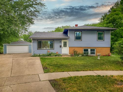 6950 Mulberry, Hanover Park, IL 60133