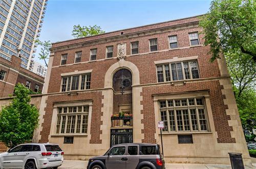 40 W Schiller Unit 2D, Chicago, IL 60610