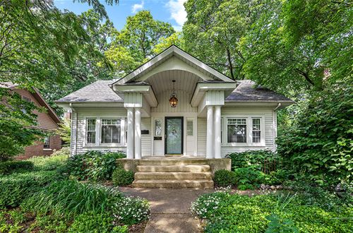 4916 Seeley, Downers Grove, IL 60515