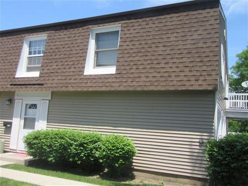 1477 Woodcutter Unit B, Wheaton, IL 60189