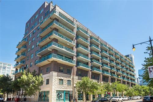 920 W Madison Unit 902W, Chicago, IL 60607