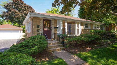 1831 Summerton, Northbrook, IL 60062